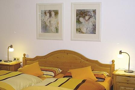 bayrisches Schlafzimmer, Doppelbett
